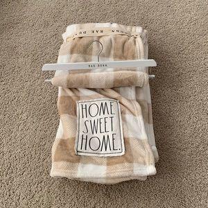 Rae Dunn throw blanket